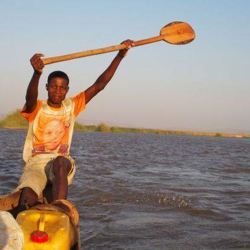 Descente du fleuve Tsiribihina en pirogue